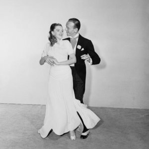 Fred Astaire and Judy Garland as the dance due 'Hannah & Hughes' in Easter Parade (1948).